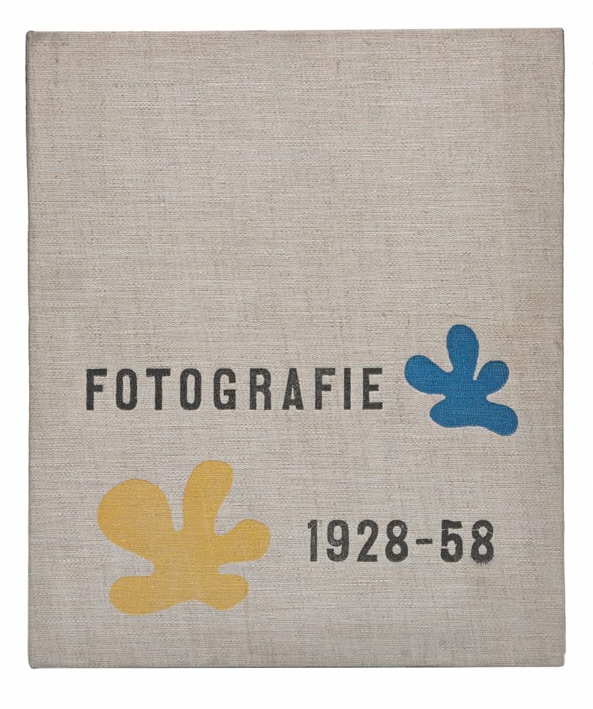 Fotografie 1928-58791504В альбом вошли 20 фоторабот чешских фотографов, выполненных в период 1928-1958 гг. Вступительная статья Josef Kainar.