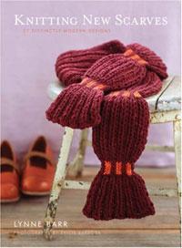Knitting New Scarves: 27 Distinctly Modern Designs