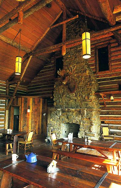 Бревенчатые дома.  Дизайн и архитектура / The Rustic Cabin.