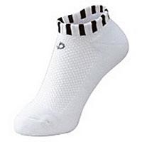 НоскиAK01Носки Phiten Aquatitan Sport X10 способствуют снятию усталости и напряжения ног, стоп. Пропитаны акватитаном с фактором X10.