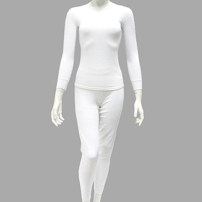 Термобелье с хитофайбером женское. 3611036110Термобелье Cratex, состоящее из брюк и кофты с длинным рукавом, позволит вам чувствовать себя комфортно при любом морозе! Уникальность термобелья Cratex - в использовании материала 21 века - хитинового волокна (хитофайбера). Хитофайбер - биополимер, изготовленный по новейшей технологии - вытяжки из панциря королевских креветок и крабов с последующим влажным скручиванием. Трикотаж, изготовленный из хитинового волокна, мягкий, тонкий, долговечный, необычайно комфортный и абсолютно антистатичный. Использование хитина выгодно отличает термобелье Cratex от любого другого нательного белья. Вы будете чувствовать себя абсолютно комфортно в широком диапазоне температур (от +10 до -35), так как ткань способствует поддержанию тепло- и влагообмена человеческого тела. Специальная трехслойная структура ткани обеспечивает надежную защиту от холода даже при очень низких температурах. Материал обладает бактериостатическими свойствами, предохраняет от грибка,...