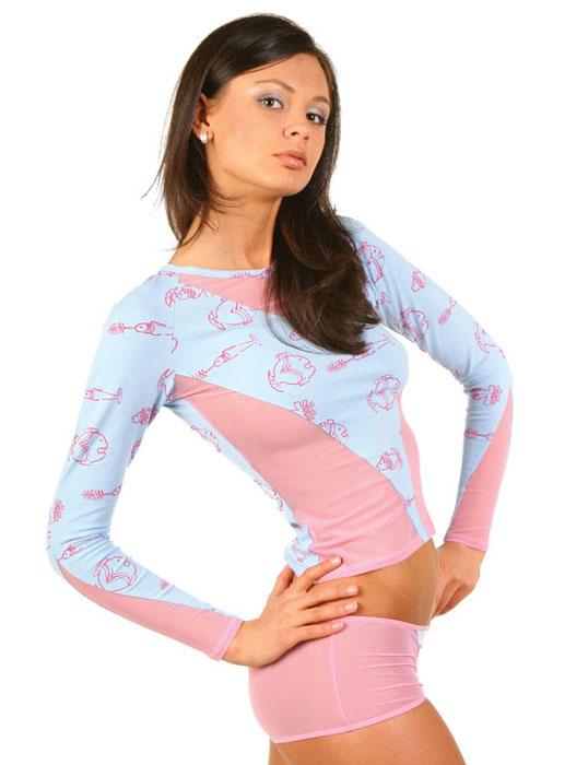 ФутболкаLF1-150АЖенская футболка Lowry выполнена из хлопка с добавлением эластана. Модель с длинными рукавами-реглан и круглым вырезом горловины не сковывает движения и придает элегантность вашему образу. Спереди футболка дополнена вставками из сетчатого материала и оформлена принтом в виде изображения рыб. Такая замечательная футболка станет как отличным украшением гардероба, так и восхитительным подарком. В ней вы всегда будет в центре внимания!