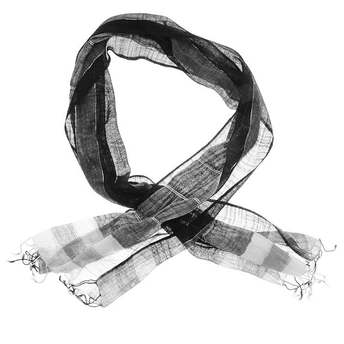Шарф женский. 167075н167075нЭлегантный шарф, выполненный из 100% хлопка, создан подчеркивать роскошную неоднозначность вашего образа. Шарф с люрексом, по краям декорирован кистями. Этот модный аксессуар женского гардероба гармонично дополнит образ современной женщины, следящей за своим имиджем и стремящейся всегда оставаться стильной и элегантной. В этом шарфе вы всегда будете выглядеть женственной и привлекательной.