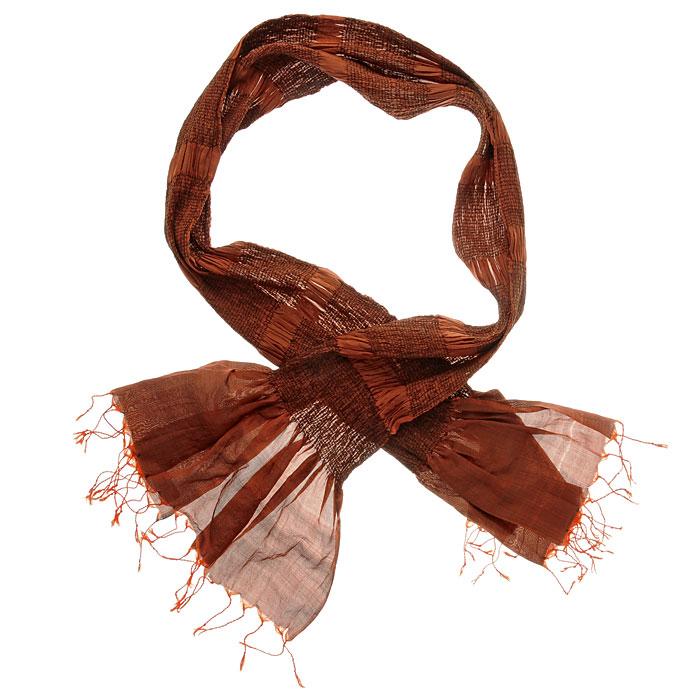 Шарф. 510375510375Элегантный шарф, выполненный из 100% шелка, создан подчеркивать роскошную неоднозначность вашего образа. Шарф по краям декорирован кистями. Этот модный аксессуар женского гардероба гармонично дополнит образ современной женщины, следящей за своим имиджем и стремящейся всегда оставаться стильной и элегантной. В этом шарфе вы всегда будете выглядеть женственной и привлекательной.