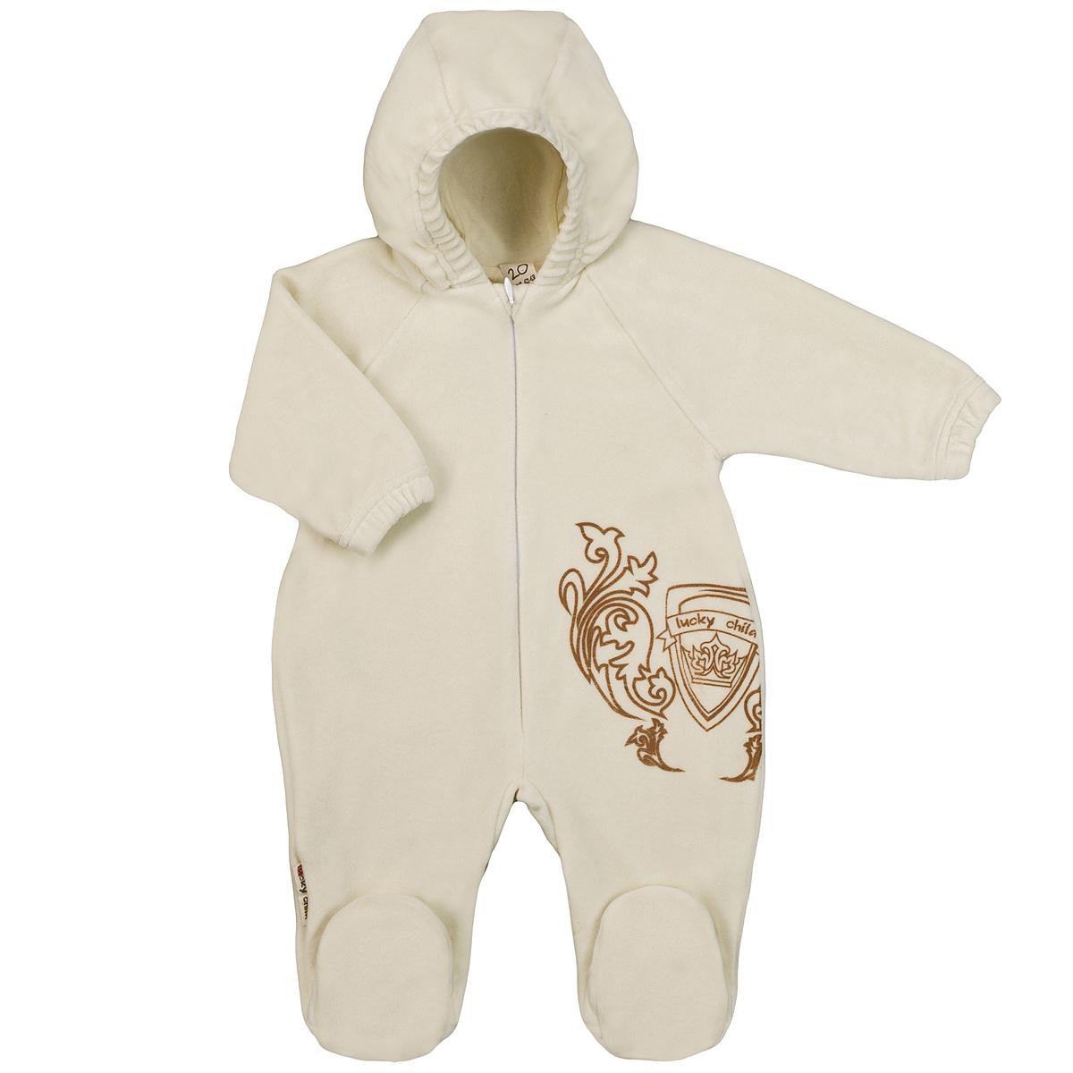 5-4Детский комбинезон с капюшоном Lucky Child - очень удобный и практичный вид одежды для малышей. Комбинезон выполнен из велюра на подкладке из натурального хлопка, благодаря чему он необычайно мягкий и приятный на ощупь, не раздражают нежную кожу ребенка и хорошо вентилируются, а эластичные швы приятны телу малышки и не препятствуют ее движениям. Комбинезон с длинными рукавами-реглан и закрытыми ножками по центру имеет потайную застежку-молнию, которая помогает легко переодеть младенца или сменить подгузник. Спереди он оформлен оригинальным принтом в виде логотипа бренда. Рукава понизу дополнены неширокими эластичными манжетами, которые мягко обхватывают запястья. С детским комбинезоном Lucky Child спинка и ножки вашего малыша всегда будут в тепле. Комбинезон полностью соответствует особенностям жизни младенца в ранний период, не стесняя и не ограничивая его в движениях!