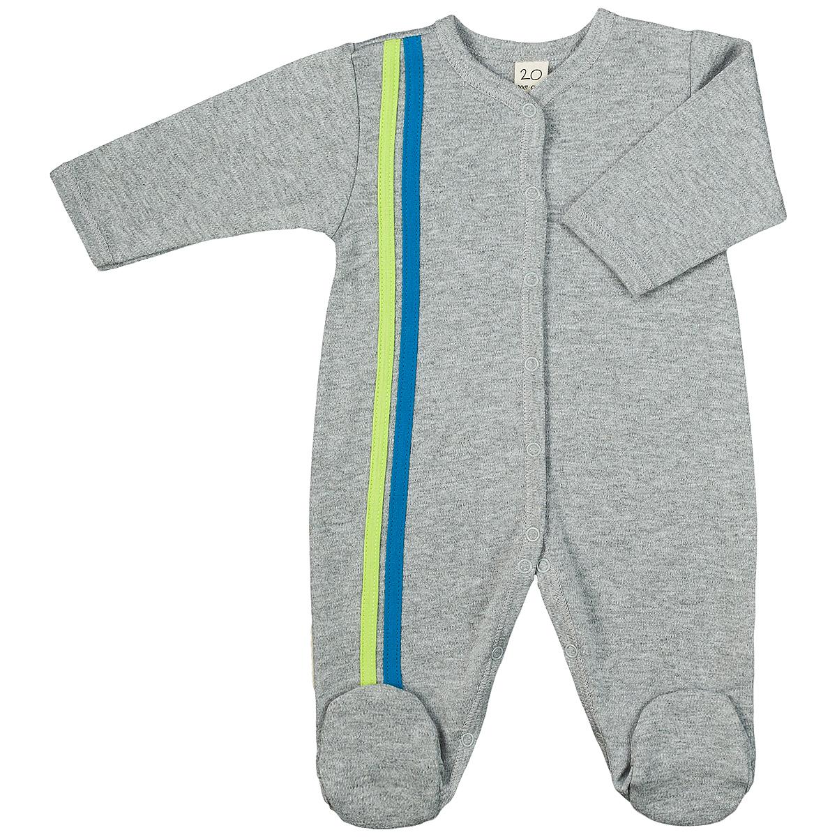 Комбинезон домашний1-1Детский комбинезон Lucky Child - очень удобный и практичный вид одежды для малышей. Комбинезон выполнен из интерлока - натурального хлопка, благодаря чему он необычайно мягкий и приятный на ощупь, не раздражают нежную кожу ребенка и хорошо вентилируются, а эластичные швы приятны телу малыша и не препятствуют его движениям. Комбинезон с длинными рукавами и закрытыми ножками имеет застежки-кнопки от горловины до щиколоток, которые помогают легко переодеть младенца или сменить подгузник. Отделкой служат лампасы контрастного цвета по боковому шву. С детским комбинезоном Lucky Child спинка и ножки вашего малыша всегда будут в тепле, он идеален для использования днем и незаменим ночью. Комбинезон полностью соответствует особенностям жизни младенца в ранний период, не стесняя и не ограничивая его в движениях!