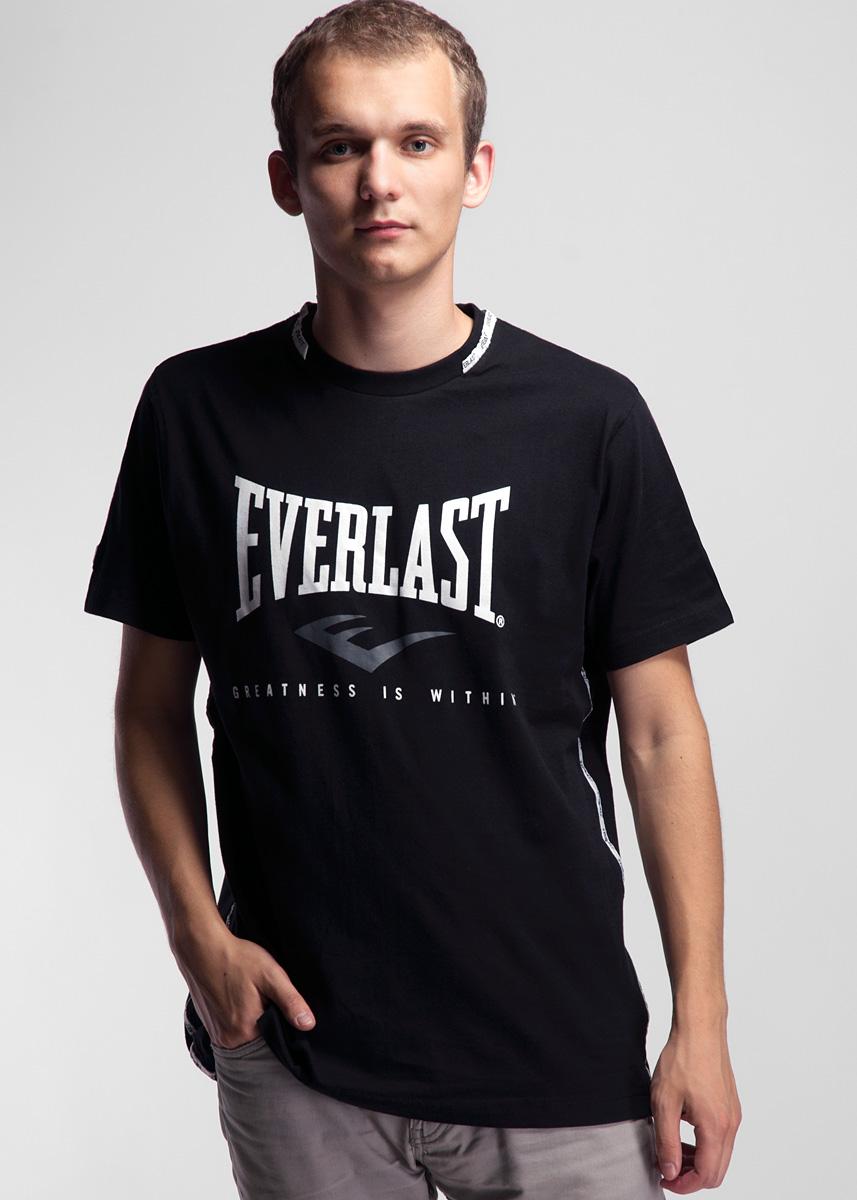 Футболка мужская Crew Neck. EVR4292EVR4292Симпатичная мужская футболка Everlast выполнена из высококачественного материала, обеспечит вам комфорт при носке. Футболка прямого кроя с круглым вырезом горловины и короткими рукавами оформлена принтовой надписью и резиновой нашивкой на рукаве. Эта замечательная футболка отлично подойдет для тренировок и повседневного ношения.