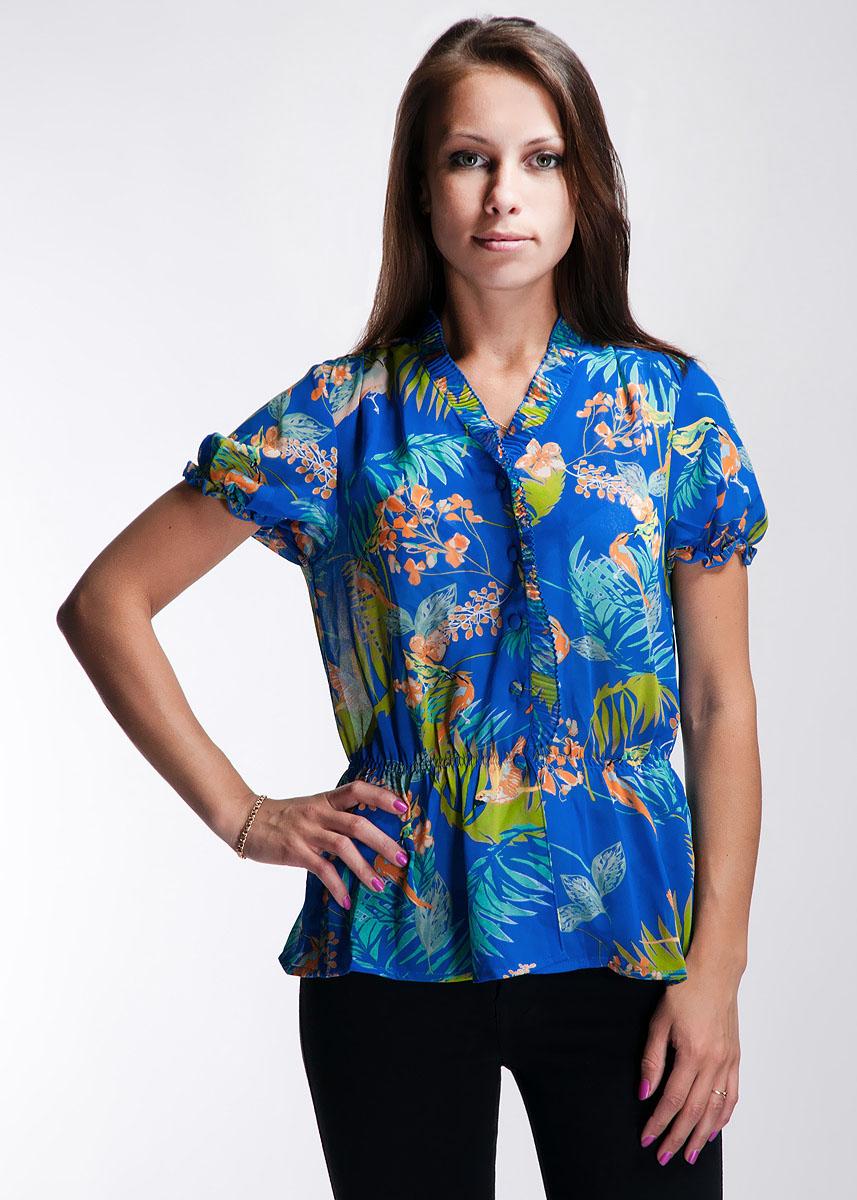 132C1-20-1GСтильная блуза Ginger+Soul, изготовленная из полиэстера, не сковывает движения, обеспечивая наибольший комфорт. Модель с V-образным воротником и короткими рукавами-фонариками застегивается на пуговицы. На уровне талии блуза оформлена резинкой, придающей силуэт. Такая модная блуза прекрасно подойдет как для торжественных случаев, так и для неофициальных.