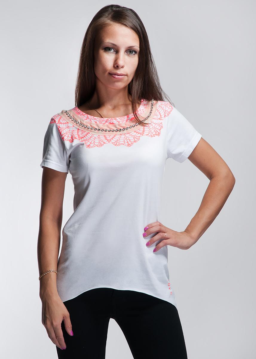 Футболка61D2FVОригинальная женская футболка будет прекрасным дополнением к вашему гардеробу. Изготовлена из тонкого трикотажа, очень приятного на ощупь. Круглый вырез горловины декорирован рядом крупных страз. Линия низа с необработанным краем внесет нотки хулиганства в ваш образ. Заднее полотнище немного длиннее переднего. Эта футболка отлично дополнит ваш образ и позволит выделиться из толпы.