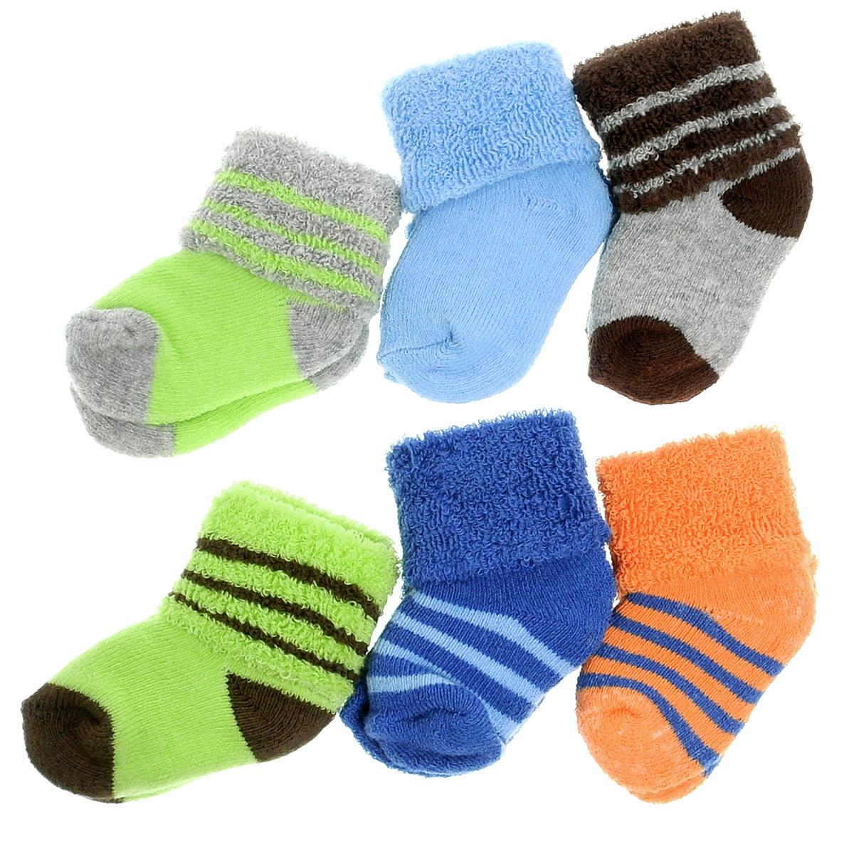 02603Комфортные, прочные и красивые детские носки Luvable Friends, махровые изнутри, очень мягкие на ощупь, а широкая резинка-отворот плотно облегает ножку ребенка, не сдавливая ее, благодаря чему младенцу будет комфортно и удобно. Комплект состоит из шести пар носочков различной расцветки. Носочки упакованы в специальный сетчатый мешочек на кулиске.