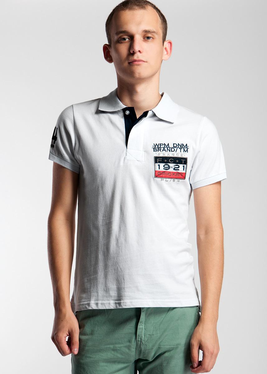 Поло13479Стильная мужская футболка-поло WPM, выполненная из высококачественного материала, обладает высокой теплопроводностью, воздухопроницаемостью и гигроскопичностью, позволяет коже дышать. Модель с короткими рукавами и отложным воротником сверху застегивается на три пуговицы. На груди модель оформлена вышивкой в виде логотипа фирмы и нашивкой. Классический покрой, лаконичный дизайн, безукоризненное качество. В такой футболке вы будете чувствовать себя уверенно и комфортно.