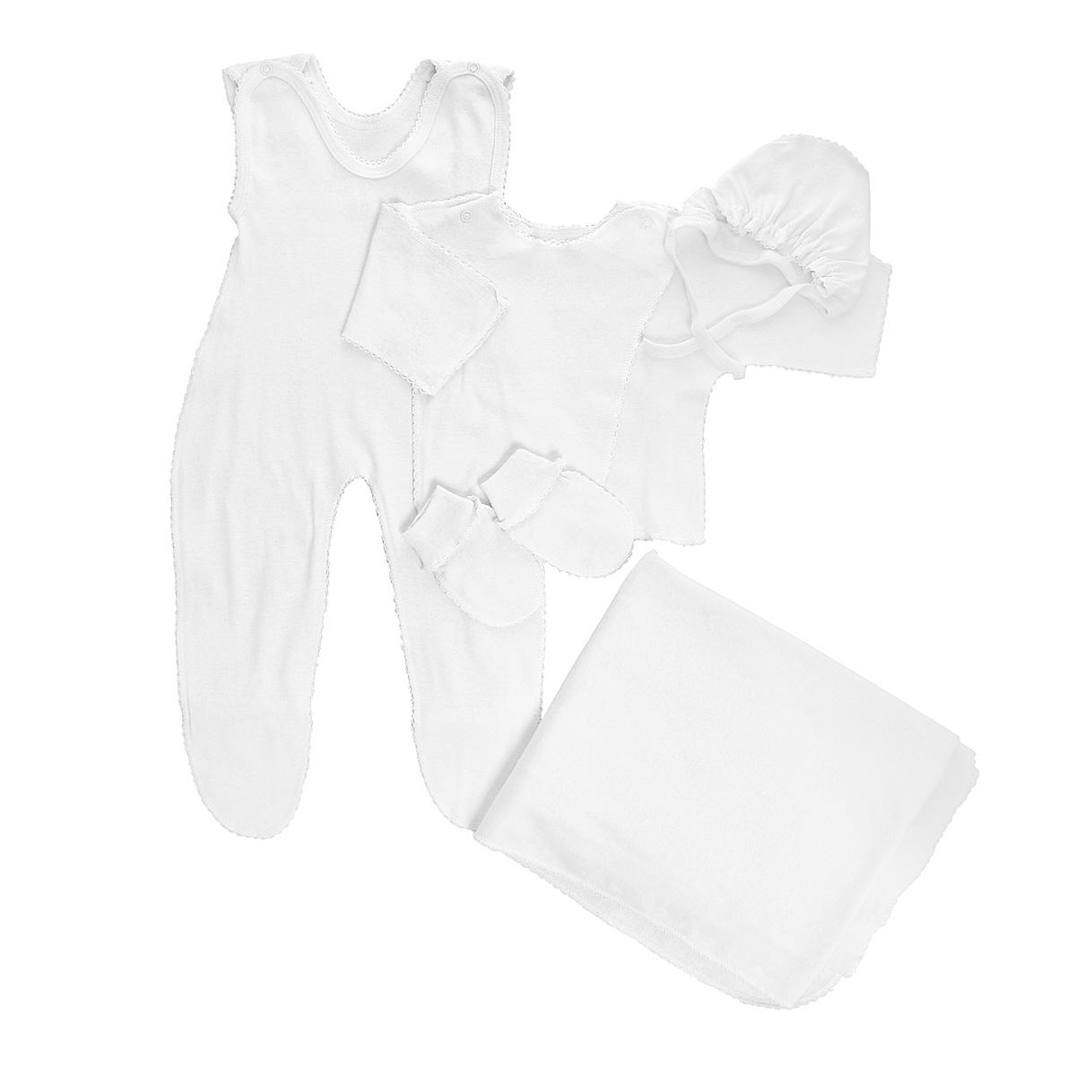 Комплект одежды7127Комплект для новорожденного Трон-плюс - это замечательный подарок, который прекрасно подойдет для первых дней жизни малыша. Комплект состоит из ползунков с грудкой и закрытыми ножками, распашонки, чепчика, рукавичек и пеленки. Комплект изготовлен из натурального хлопка, благодаря чему он необычайно мягкий и приятный на ощупь, не сковывает движения младенца и позволяет коже дышать, не раздражает даже самую нежную и чувствительную кожу ребенка, обеспечивая ему наибольший комфорт. Распашонка с запахом, застегивается при помощи двух кнопок на плечах, которые позволяют без труда переодеть ребенка. Швы выполнены наружу и обработаны ажурными петельками. Ползунки с закрытыми ножками, застегивающиеся сверху на две кнопочки, идеально подойдут вашему ребенку, обеспечивая ему наибольший комфорт. Подходят для ношения с подгузником и без него. Мягкий чепчик с завязочками защищает еще не заросший родничок, щадит чувствительный слух малыша, прикрывая ушки, и предохраняет от...