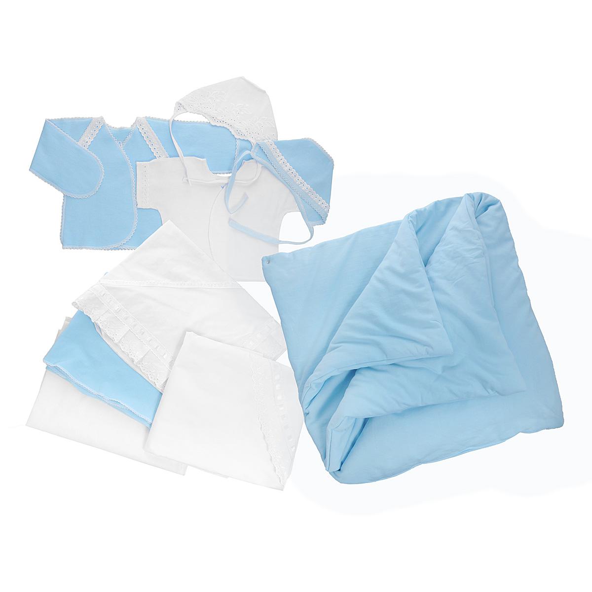 Комплект для новорожденного, 9 предметов. 34763476Комплект для новорожденного Трон-плюс - это замечательный подарок, который прекрасно подойдет для первых дней жизни ребенка. Комплект состоит из двух распашонок, двух чепчиков, уголка, двух пеленок, пододеяльника и одеяла. Комплект изготовлен из натурального хлопка, благодаря чему он необычайно мягкий и приятный на ощупь, не сковывает движения младенца и позволяет коже дышать, не раздражает даже самую нежную и чувствительную кожу ребенка, обеспечивая ему наибольший комфорт. Легкая распашонка с короткими рукавами выполнена швами наружу. Изделие украшено вышивкой, а рукава декорированы ажурными рюшами и петельками. Теплая распашонка с запахом выполнена швами наружу. Декорирована распашонка ажурными рюшами. А благодаря рукавичкам ребенок не поцарапает себя. Ручки могут быть как открытыми, так и закрытыми. Чепчик защищает еще не заросший родничок, щадит чувствительный слух малыша, прикрывая ушки, и предохраняет от теплопотерь. Комплект содержит два чепчика: один -...