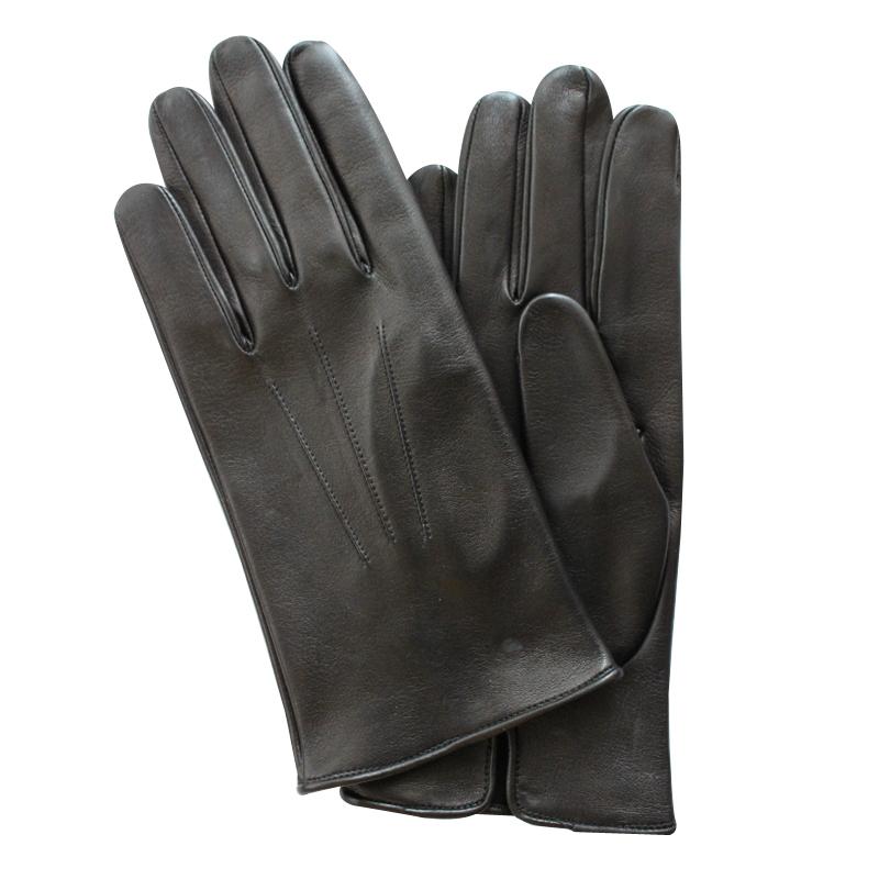 """ПерчаткиЭ-2M_6Стильные мужские перчатки Edmins не только защитят ваши руки от холода, но и станут великолепным украшением. Перчатки выполнены из чрезвычайно мягкой и приятной на ощупь натуральной кожи ягненка, а их подкладка - из шерсти. Лицевая сторона оформлена тиснением """"три луча"""". Перчатки станут завершающим и подчеркивающим элементом вашего стиля и неповторимости."""