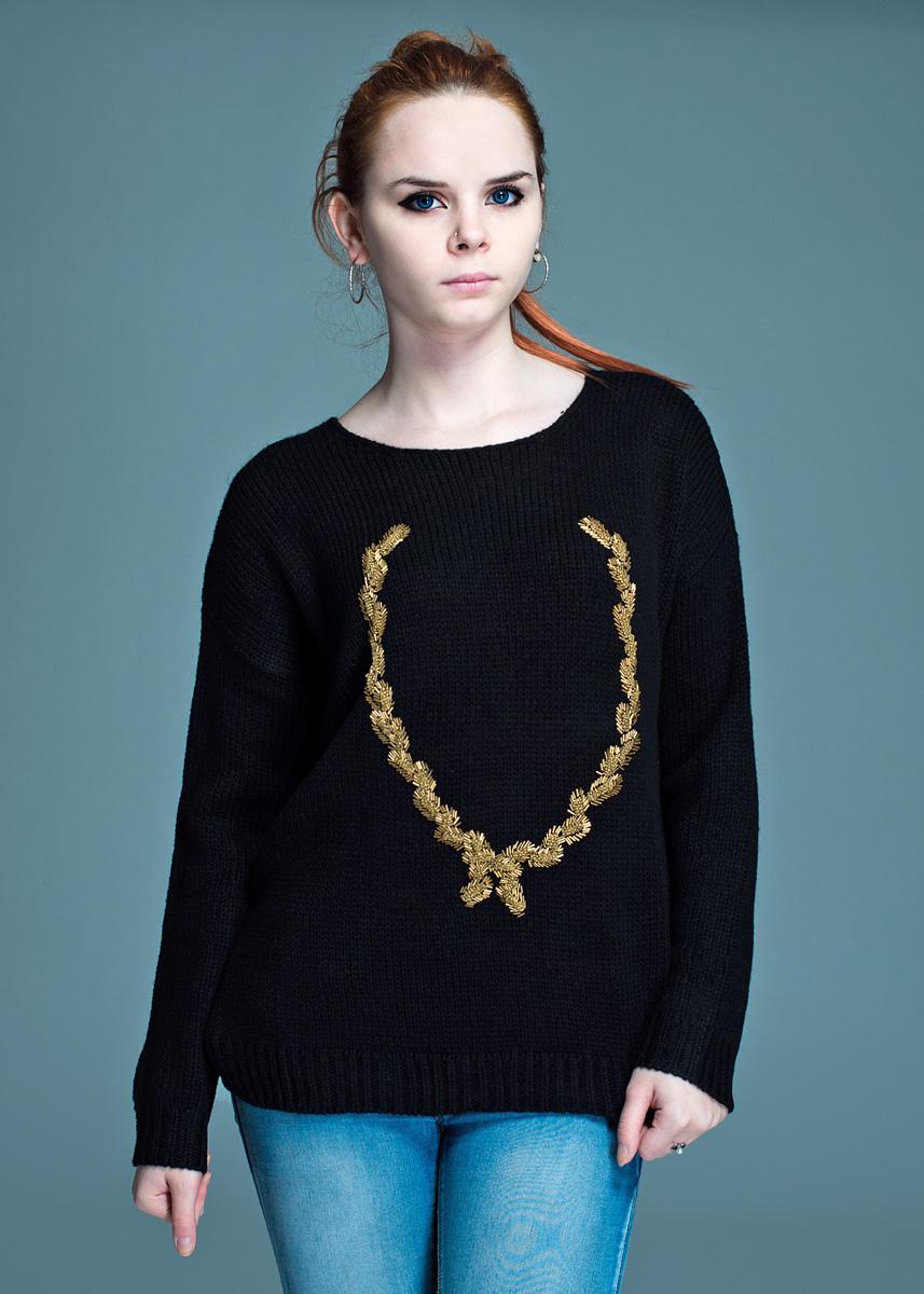 Пуловер женский. QUEENQUEENСтильный вязаный пуловер, изготовленный из высококачественного материала, мягкий и приятный на ощупь, не сковывает движения, обеспечивая наибольший комфорт. Комфортный пуловер с круглым вырезом горловины имеет длинные рукава. Лицевая сторона декорирована аппликацией из бисера и стекляруса. Этот пуловер - практичная вещь, которая, несомненно, впишется в ваш гардероб, в нем вы будете чувствовать себя уютно и комфортно.