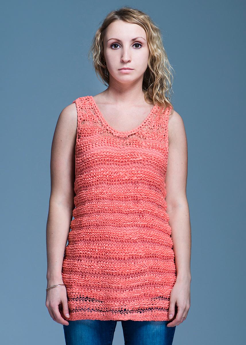 Майка84950900021Стильный женский твинсет Sweater Sleeveless Orange Ribbon, выполненный из высококачественного материала, будет отлично на вас смотреться. Модель полуоблегающего кроя представляет собой майку на тонких бретельках, поверх которого одевается майка, выполненная оригинальной вязкой. Классический покрой, лаконичный дизайн, безукоризненное качество. Идеальный вариант для тех, кто ценит комфорт и качество.