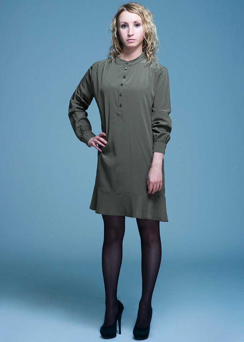 Платье женское. PW 130274005PW 130274005Стильное платье Purotatto прямого кроя - прекрасный вариант для праздника и для повседневной носки. Модель с круглым вырезом горловины и длинными рукавами, спереди застегивается на пуговицы. Манжеты также застегиваются на пуговицы, по низу - широкая оборка. Платье подчеркнет вашу хрупкость и женственность. В таком наряде вы, безусловно, привлечете восхищенные взгляды окружающих.