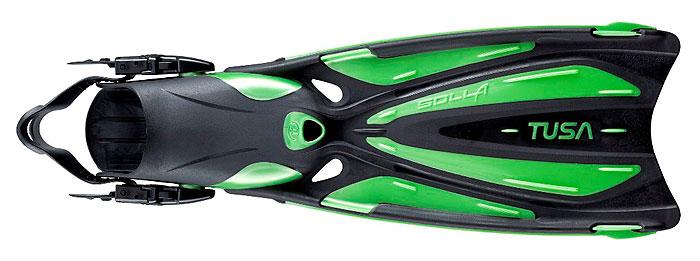 Ласты Tusa Solla с открытой пяткой. TS SF-22TS SF-22_LBWЛасты Tusa Solla объединяют в себе многолетний опыт компании Tusa в разработке дизайна ласт с новейшими материалами и последними инновациями в области гидродинамики. Абсолютно новый дизайн модели ласт Solla имеет несколько уникальных особенностей, которые обеспечивают отличную силу гребка, скорость и маневренность. Модель Tusa Solla выполнена с использованием технологии ForcElast - четырех компонентный материал, что обеспечивает непревзойденную производительность и эффективность, какой никогда ранее не удавалось достичь при производстве ласт с традиционной лопастью. Помимо технологии ForcElast, модель Solla оснащена запатентованной компанией Tusa скошенной под углом 20° лопастью. Лопасть ласты имеет особую форму с тремя каналами, направляющими поток воды, и полукруглым вырезом на конце, с усиленными боковыми ребрами и отверстиями для стока воды. Галоша анатомической формы выполнена из комбинации различных материалов и снабжена системой 3D ремешков и пряжек EZ. Используются с...