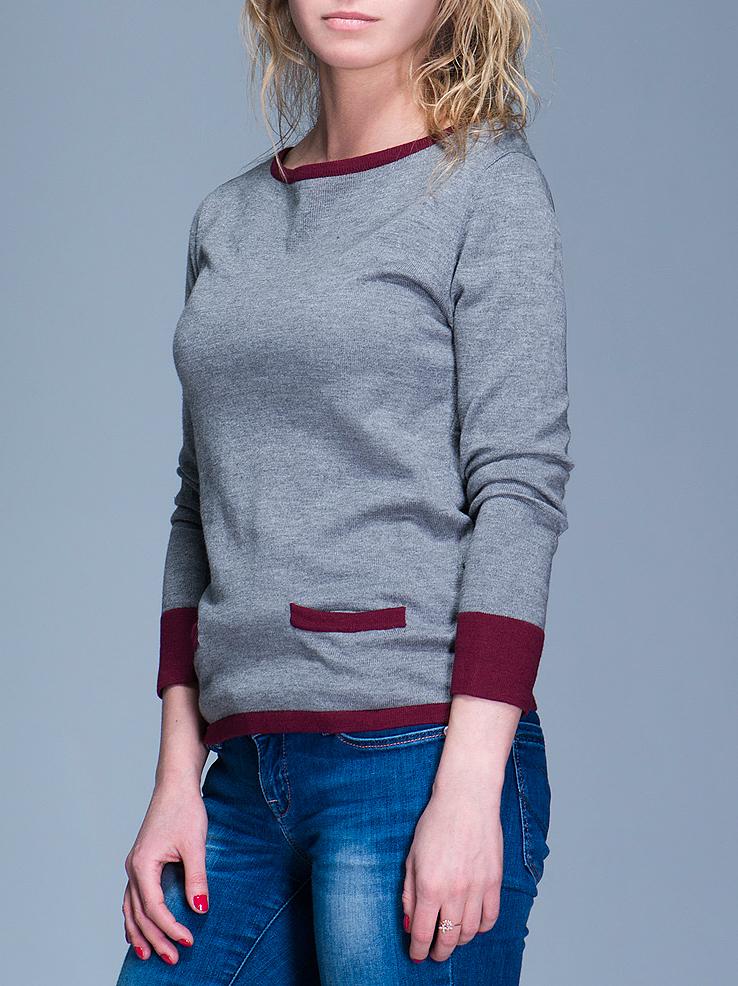 Пуловер женский. 8010237880102378Уютный пуловер Broadway с округлым воротом и длинными рукавами изготовлен из хлопка и акрила необычайно мягкий и приятный на ощупь, не сковывает движения и позволяет коже дышать, не раздражает даже самую нежную и чувствительную кожу, обеспечивая наибольший комфорт. Пуловер дополнен накладными кармашками. Этот пуловер непременно найдет свое место в вашем гардеробе.