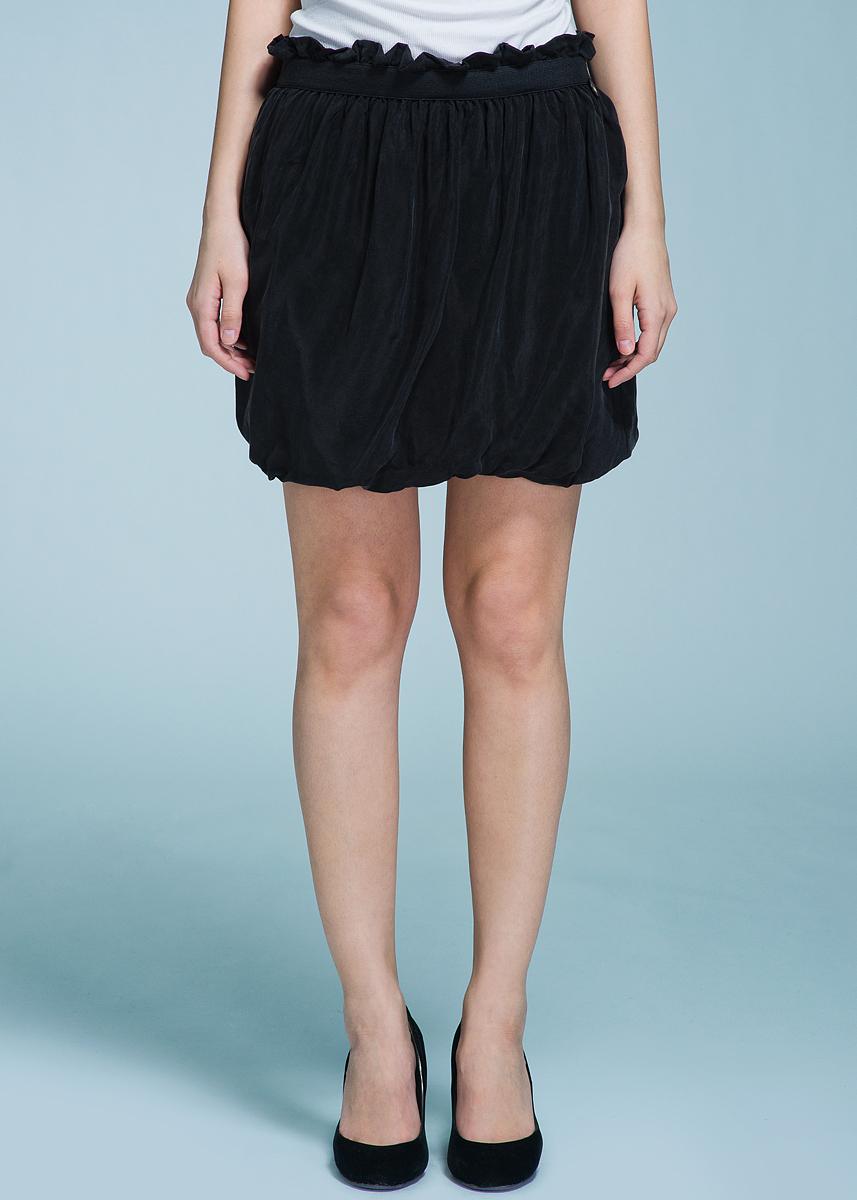 Юбка70DGC0203C800Очаровательная женская юбка Met, выполненная из мягкого плотного материала, будет отлично смотреться на вас. Мини-юбка с резинкой на поясе, декорированной оборкой. Эта юбка идеальный вариант создания эффектного образа.