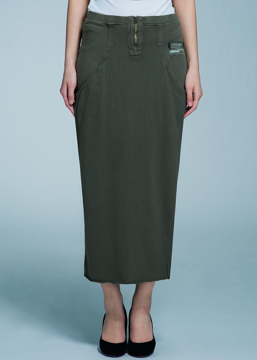 Юбка39531Модная юбка Freddy, изготовленная из мягкого трикотажа, подарит ощущение радости и комфорта. Модель макси с заниженной линией талии застегивается сзади на металлическую молнию. Юбка дополнена боковыми карманами и небольшим разрезом спереди. В этой юбке вы будете чувствовать себя неотразимой, оставаясь в центре внимания.