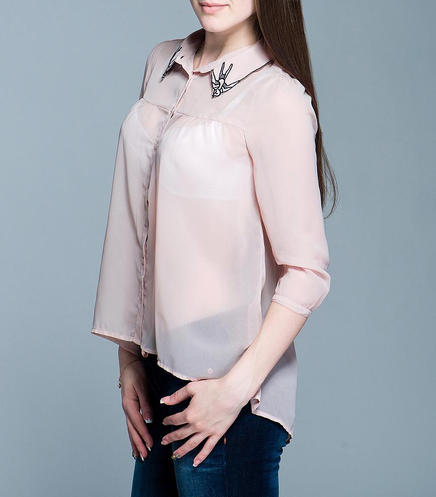 Блузка100593Стильная женская блуза ICHI, выполненная из высококачественного материала, - замечательный вариант для создания женственного образа. Блуза свободного кроя с рукавами ? застегивается на пуговицы. Отложной воротничок оформлен вышивками в виде ласточек. Такая блуза будет дарить вам комфорт в течение всего дня и послужит замечательным дополнением к вашему гардеробу.