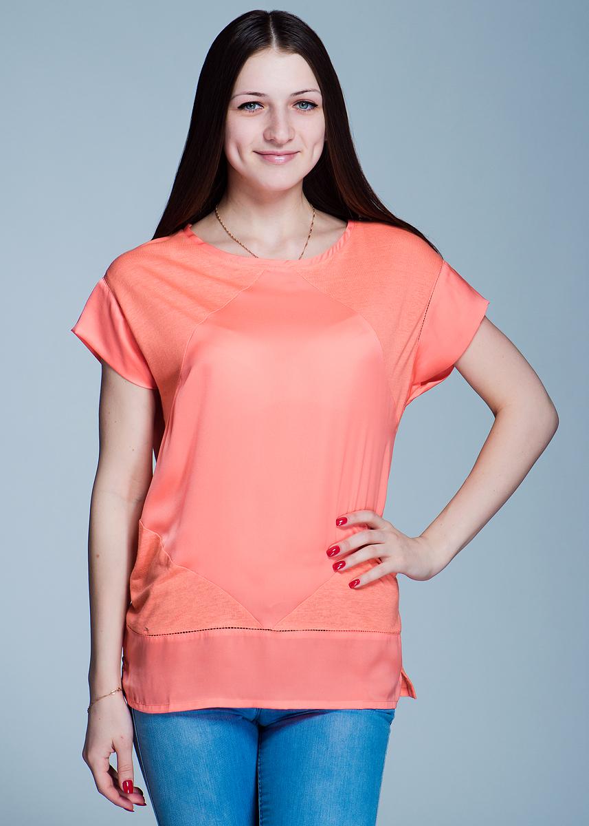 Футболка женская. 1110159111101591Симпатичная женская футболка Olsen, выполненная из высококачественного материала, - находка для современной женщины, желающей выглядеть стильно и модно. Модель свободного кроя с круглым вырезом горловины и короткими рукавами. Футболка оформлена декоративными швами. Такая футболка, несомненно, вам понравится и послужит отличным дополнением к вашему гардеробу.