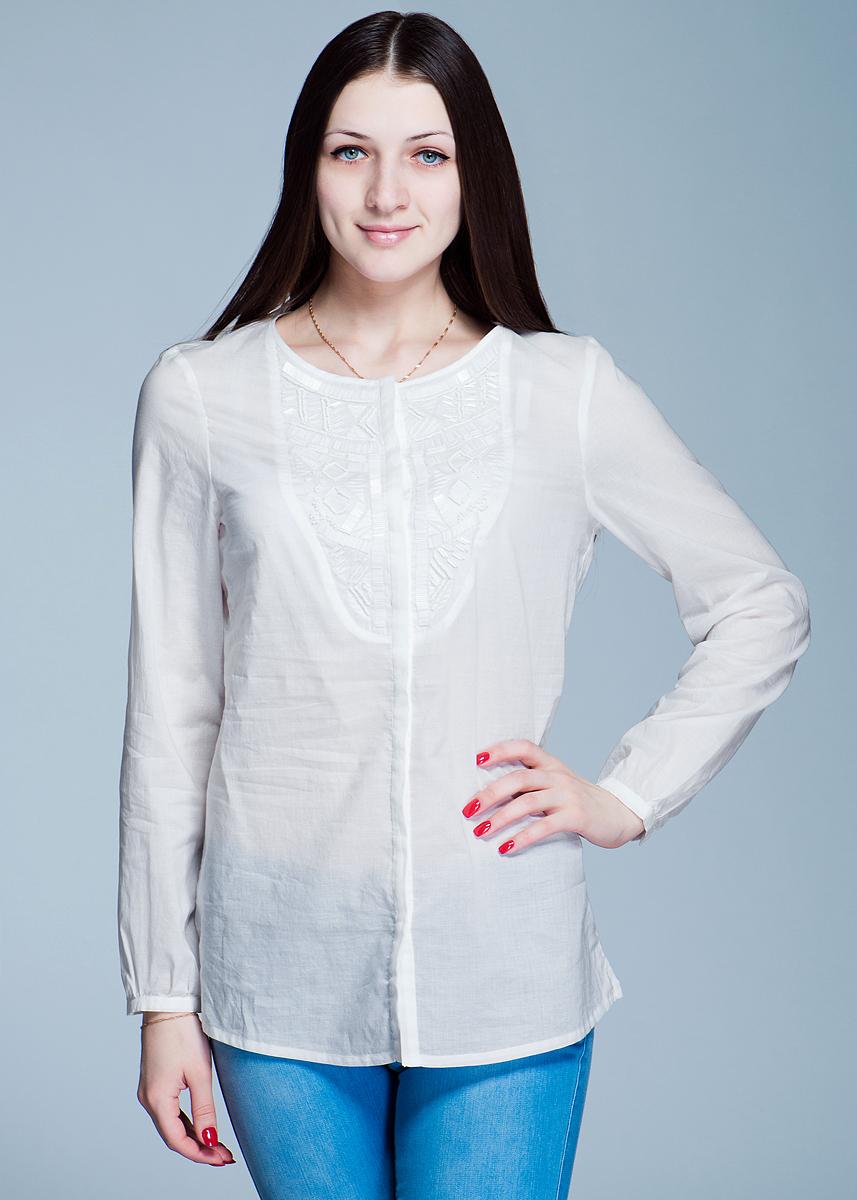 Рубашка женская. 1200113312001133Симпатичная женская рубашка Olsen, выполненная из высококачественного материала, - находка для современной женщины, желающей выглядеть стильно и модно. Модель свободного кроя с удобным круглым вырезом горловины и длинными рукавами застегивается на пуговицы. Рубашка оформлена вышивкой, расшита бисером и стеклярусом. Такая рубашка, несомненно, вам понравится и послужит отличным дополнением к вашему гардеробу.
