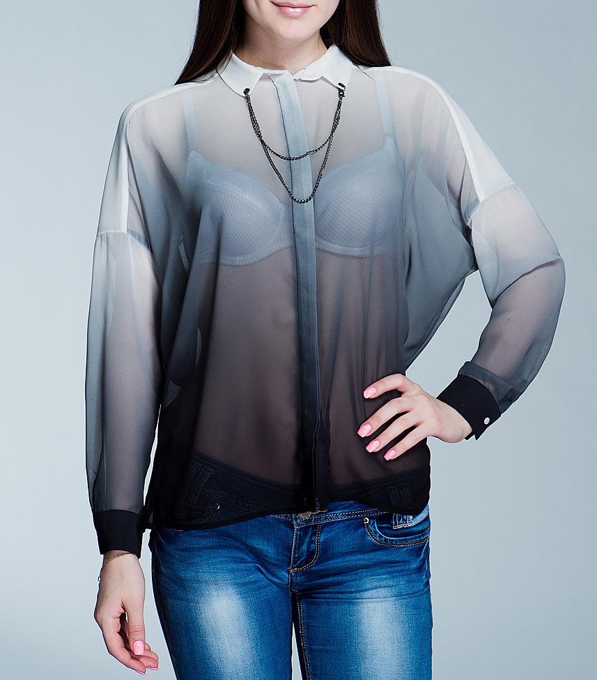 БлузкаPL301164Очаровательная блуза Pepe Jeans, выполненная из полупрозрачного материала, подчеркнет ваш безупречный вкус. Изделие свободного кроя с отложным воротничком и длинными рукавами застегивается на пуговицы по всей длине. Воротник декорирован двойной металлической цепочкой. Манжеты застегиваются на пуговицы. В такой блузе вы не останетесь без внимания.