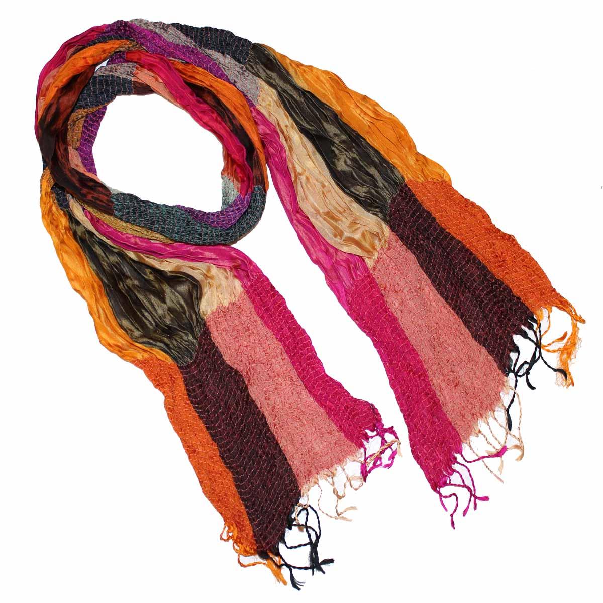510375Элегантный шелковый шарф станет изысканным нарядным аксессуаром, который призван подчеркнуть индивидуальность и очарование женщины. Шарф с жатой фактурой, по краям декорирован кистями. Этот модный аксессуар женского гардероба гармонично дополнит образ современной женщины, следящей за своим имиджем и стремящейся всегда оставаться стильной и элегантной. В этом шарфе вы всегда будете выглядеть женственной и привлекательной.