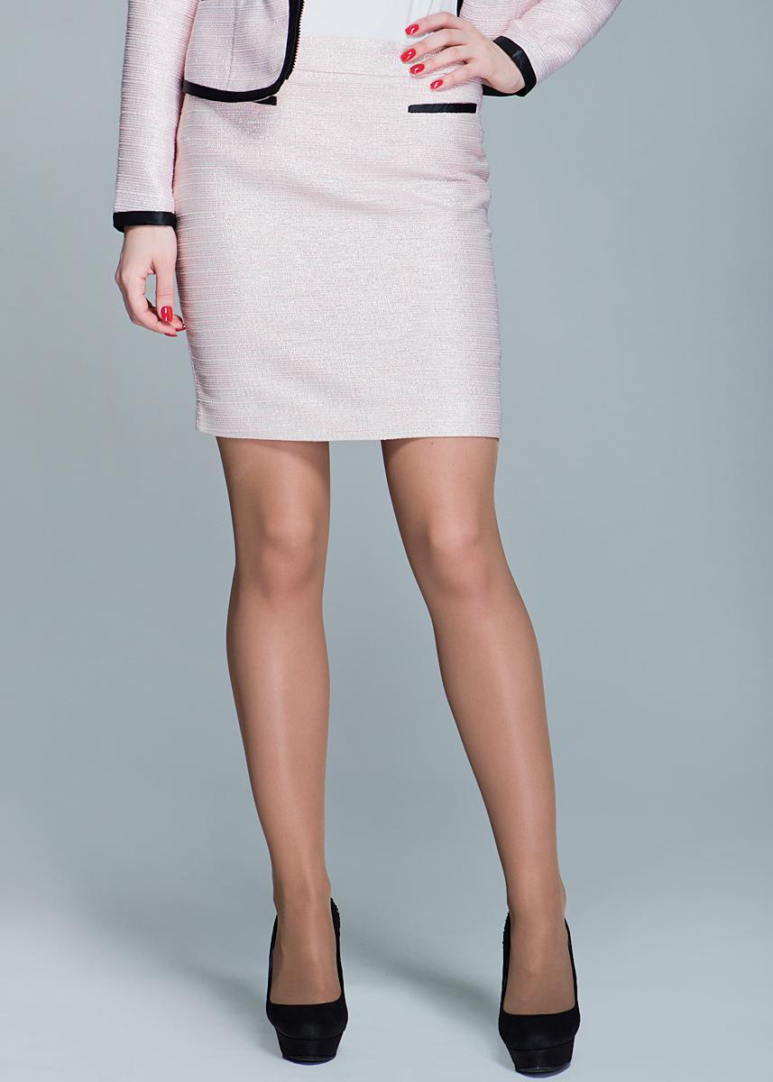 ЮбкаSK-118/004-412Стильная юбка-карандаш SELA выполнена из плотного фактурного материала с люрексом. Юбка сзади застегивается на потайную застежку-молнию и имеет небольшой разрез для наибольшего комфорта. Элегантная юбка выгодно освежит и разнообразит любой гардероб. Создайте женственный образ и подчеркните свою яркую индивидуальность!