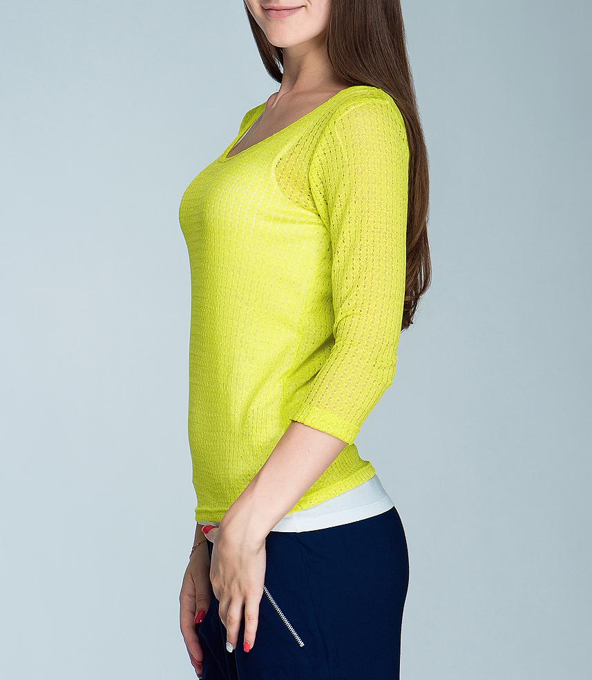 200464Симпатичная женская футболка Blend She, выполненная из высококачественного материала, обладает высокой теплопроводностью, воздухопроницаемостью, очень приятна к телу. Модель полуоблегающего кроя, с рукавами 3/4, круглым вырезом горловины - идеальный вариант для создания образа в стиле Casual. Лаконичный дизайн и совершенство стиля подчеркнут вашу индивидуальность.