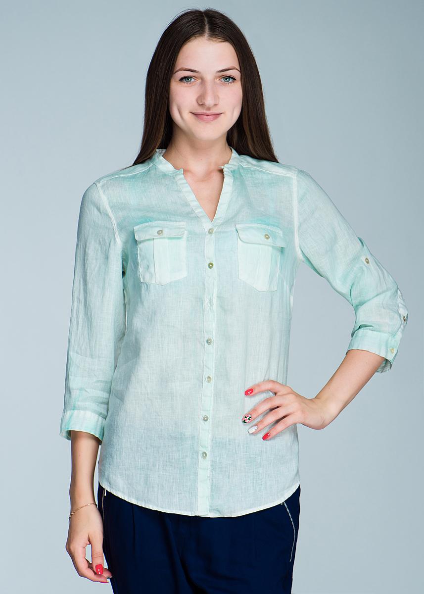 Блуза женская. 1948-1381948-138Оригинальная блуза Malvin создана, чтобы сыграть выигрышную партию в повседневном гардеробе. Блуза прямого кроя с V-образным вырезом горловины выполнена из льна, с рукавами 3/4, снизу оформлены манжетами, застегивающимися на пуговицы и хлястик регулирующий длину. Модель дополнена на груди двумя накладным карманами. В такой оригинальной блузе вы будете чувствовать себя уютно и комфортно и всегда будете в центре внимания!