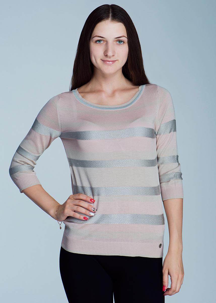 Пуловер женский. 2462J022462J02Стильный и легкий женский пуловер Viriato, изготовленный из пряжи с добавлением вискозы, мягкий и приятный на ощупь, не сковывает движения, обеспечивая наибольший комфорт. Пуловер свободного кроя с круглым вырезом горловины и рукавами 3/4. Передняя планка и рукава в полоску. Манжеты рукавов и низ изделия связаны мелкой резинкой. Этот пуловер - практичная вещь, которая, несомненно, впишется в ваш гардероб, в нем вы будете чувствовать себя уютно и комфортно.