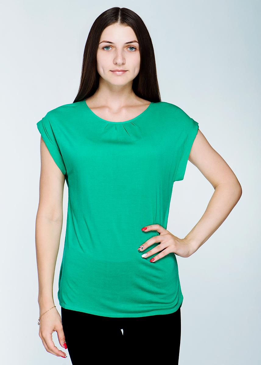 Футболка женская. 1110161711101617Стильная женская футболка Olsen, выполненная из высококачественного материала, - находка для современной женщины, желающей выглядеть стильно и модно. Модель свободного кроя, с короткими рукавами, круглым вырезом горловины сзади застегивается на пуговицу. Края рукавов оформлены подворотами. Такая модель, несомненно, вам понравится и послужит отличным дополнением к вашему гардеробу.
