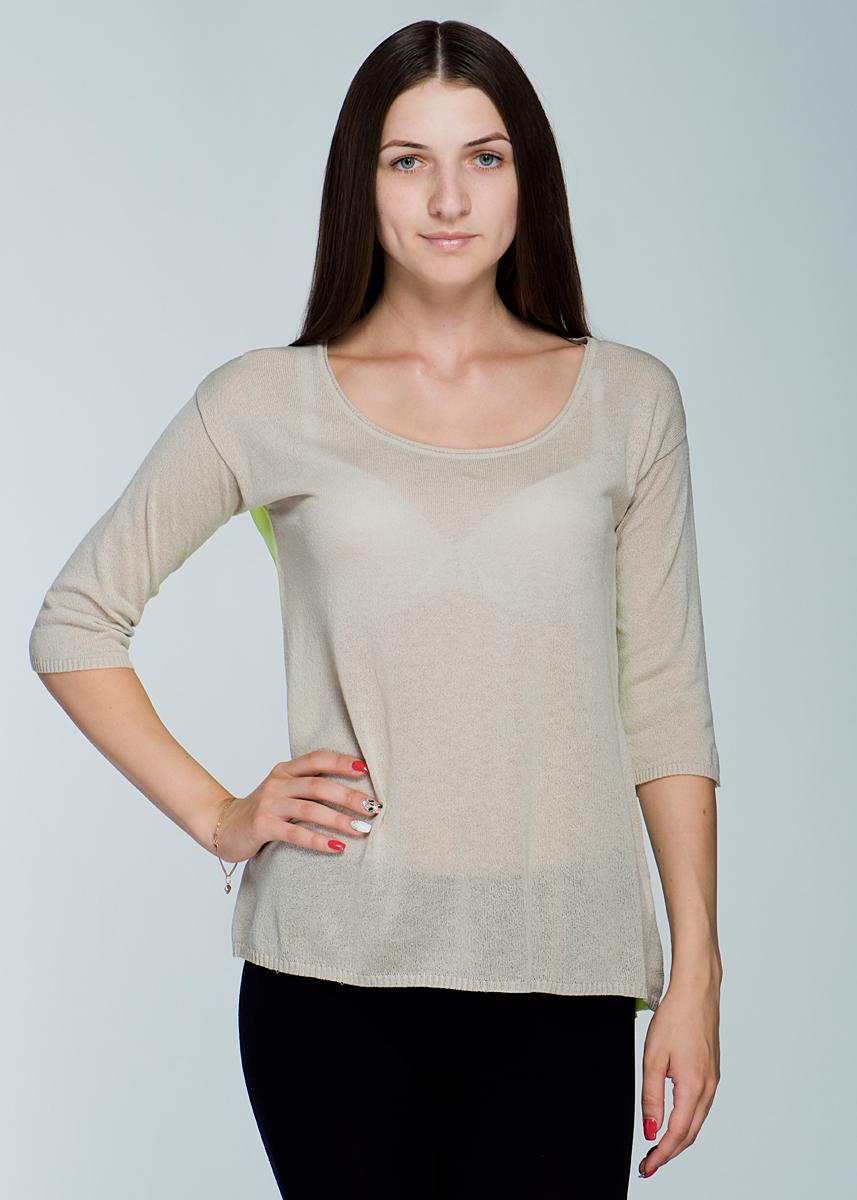Пуловер женский. 2462J412462J41Стильный и легкий женский пуловер Viriato, изготовленный из пряжи с добавлением вискозы, мягкий и приятный на ощупь, не сковывает движения, обеспечивая наибольший комфорт. Пуловер свободного кроя с удлиненной спинкой, круглым вырезом горловины и рукавами 3/4. Спинка выполнена из струящегося шифона контрастного цвета. Манжеты рукавов и низ изделия связаны мелкой резинкой. Этот пуловер - практичная вещь, которая, несомненно, впишется в ваш гардероб, в нем вы будете чувствовать себя уютно и комфортно.