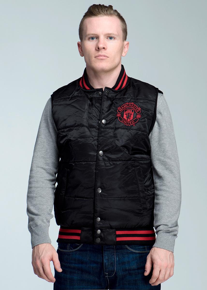 Жилет с логотипом ФК149640Стильный утепленный жилет FC Manchester United, изготовленный из ветрозащитной и водоотталкивающей ткани, не сковывает движения, обеспечивая наибольший комфорт. На подкладке используется гладкая подкладочная ткань. Жилет с небольшим воротничком-стойкой застегивается на кнопки. На груди он оформлен вышивкой в виде фирменного логотипа футбольного клуба Манчестер Юнайтед. По бокам имеются два прорезных кармашка на кнопках. Вырезы рукавов дополнены широкими трикотажными резинками, понизу также проходит широкая трикотажная резинка. Идеальный вариант для повседневной носки!