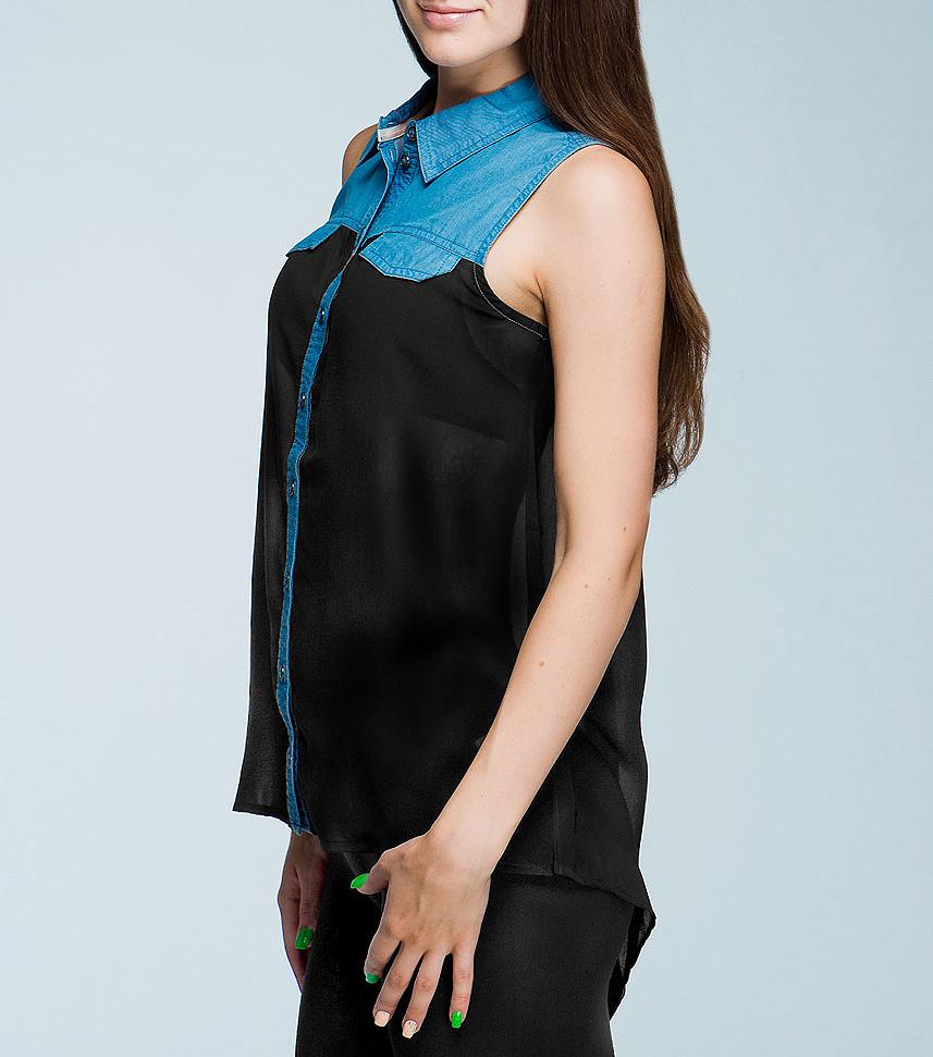 Блуза женская. 2019815.00.712019815.00.71_1052Стильная женская блуза TOM TAILOR, выполненная из комбинированного материала, обладает высокой воздухопроницаемостью и гигроскопичностью, позволяет коже дышать. Верх изделия выполнен из плотного хлопка, а низ (начиная от полочки) - из легкого полупрозрачного шифона. Модель свободного кроя без рукавов с удлиненной спинкой и отложным воротником - находка для современной женщины, желающей выглядеть стильно и модно. Блуза, на груди дополненная клапанами, застегивается на пуговицы. Такая модель будет дарить вам комфорт в течение всего дня и послужит замечательным дополнением к вашему гардеробу.