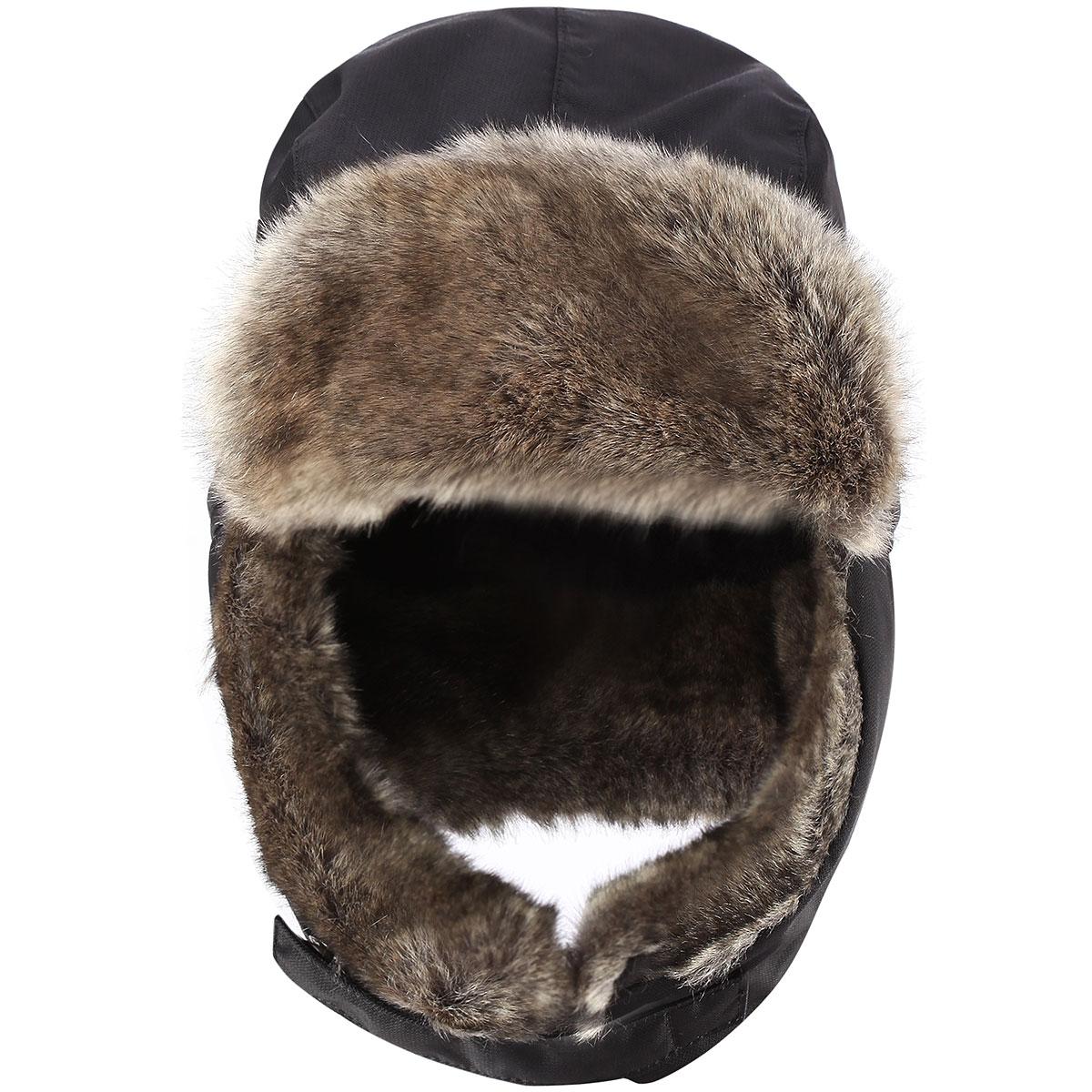Шапка детская518232A_9990Комфортная зимняя детская шапка-ушанка Reimatec Alsafi идеально подойдет для прогулок в холодное время года. Шапочка изготовлена из водоотталкивающей и ветрозащитной ткани. Материал отличается высокой устойчивостью к трению, благодаря специальной обработке полиуретаном поверхность изделия отталкивает грязь и воду, что облегчает поддержание аккуратного вида шапки, дышащее покрытие с изнаночной части не раздражает даже самую нежную и чувствительную кожу ребенка, обеспечивая ему наибольший комфорт. Мягкая подкладка хорошо сохраняет тепло и обладает отличной гигроскопичностью (не впитывает влагу, но проводит ее). Ушки и козырек изготовлены из искусственного меха. На ушках имеется хлястик с кнопками, позволяющий зафиксировать шапку под подбородком. Козырек фиксируется при помощи липучки. Все швы проклеены для обеспечения водонепроницаемости. На затылке изделие дополнено светоотражающим элементом. Подходит для горнолыжного спорта. Средняя степень утепления. Идеально...