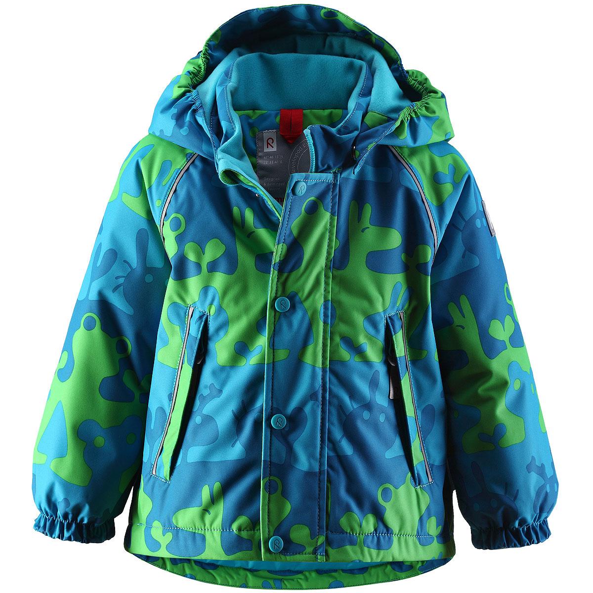 Куртка детская. 511150511150_1212Теплая детская куртка Reimatec идеально подойдет для ребенка в холодное время года. Куртка изготовлена из водоотталкивающей и ветрозащитной мембранной ткани с утеплителем из синтепона. Материал отличается высокой устойчивостью к трению, благодаря специальной обработке полиуретаном поверхность изделия отталкивает грязь и воду, что облегчает поддержание аккуратного вида одежды, дышащее покрытие с изнаночной части не раздражает даже самую нежную и чувствительную кожу ребенка, обеспечивая ему наибольший комфорт. Куртка с удлиненной спинкой и капюшоном застегивается на пластиковую застежку-молнию с защитой подбородка, благодаря чему ее легко надевать и снимать, и дополнительно имеет ветрозащитный клапан на кнопках. Капюшон, присборенный по бокам, защитит нежные щечки от ветра, он пристегивается к куртке при помощи кнопок. Края рукавов оформлены эластичными манжетами. Мягкая подкладка на воротнике и манжетах обеспечивает дополнительный комфорт. По бокам куртка дополнена двумя...
