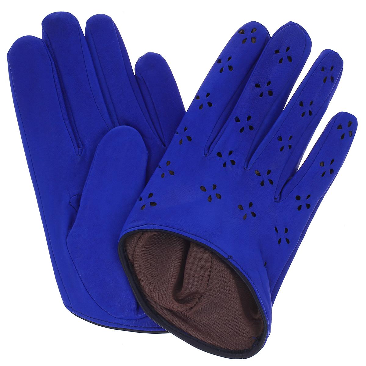 K81-H1/ELСтильные перчатки Michel Katana с шелковой подкладкой выполнены из мягкой и приятной на ощупь натуральной кожи ягненка и оформлены декоративной перфорацией. Перчатки станут достойным элементом вашего стиля и сохранят тепло ваших рук. Это не просто модный аксессуар, но и уникальный авторский стиль, наполненный духом севера Франции.