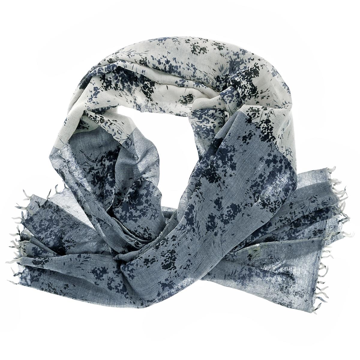 Палантин. ZW-LAVEFLOWZW-LAVEFLOW/BLUEСтильный палантин Michel Katana согреет в холодное время года, а также станет изысканным аксессуаром, который призван подчеркнуть вашу индивидуальность и стиль. Палантин выполнен из шерсти и декорирован принтом. По краям изделие оформлено кистями.