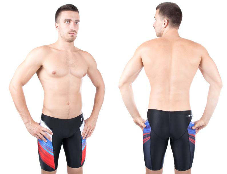 Плавки спортивныеM1433 01 Q1WМужские плавки-джаммеры MadWave Russia PBT со средним уровнем талии, изготовлены из нейлона с добавлением лайкры, позволяют коже дышать, быстро сохнут и сохраняют первоначальный вид и форму даже при длительном использовании. Быстросохнущая ткань с абсолютной защитой от воздействия хлора. Другими преимуществами являются повышенная устойчивость к затяжкам, комфорт и отличная посадка. Имеет непревзойденно долгий срок службы. Создают дополнительную компрессию мышц бедра. Подходят для регулярных тренировок и активного отдыха. Плавки дополнены эластичным поясом с регулировочным шнурком для оптимального прилегания к телу.