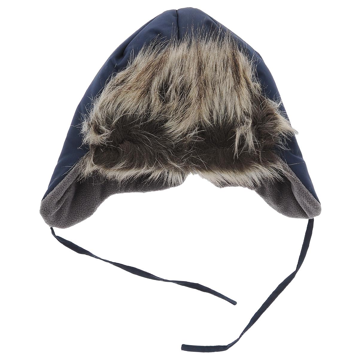 Шапка детская718643_3390Комфортная зимняя детская шапка-ушанка Lassie идеально подойдет для прогулок в холодное время года, защищая ушки и лоб ребенка от ветра. Шапка, выполненная из современной ветрозащитной ткани со специальной обработкой, отталкивающей грязь и влагу, с наполнителем из синтепона. Благодаря специальной дышащей обработке влага выводится на внешнюю поверхность, что обуславливает комфортность изделия. Мягкая подкладка из флиса хорошо сохраняет тепло и обладает отличной гигроскопичностью (не впитывает влагу, но проводит ее). Козырек изготовлен из искусственного меха. На ушках имеются завязки, позволяющие зафиксировать шапку под подбородком. На затылке изделие стянуто на эластичные резинки для лучшего прилегания к голове и дополнено светоотражающим элементом. Оригинальный дизайн и яркая расцветка делают эту шапку модным и стильным предметом детского гардероба. В ней ваш ребенок будет чувствовать себя уютно и комфортно и всегда будет в центре внимания! ...