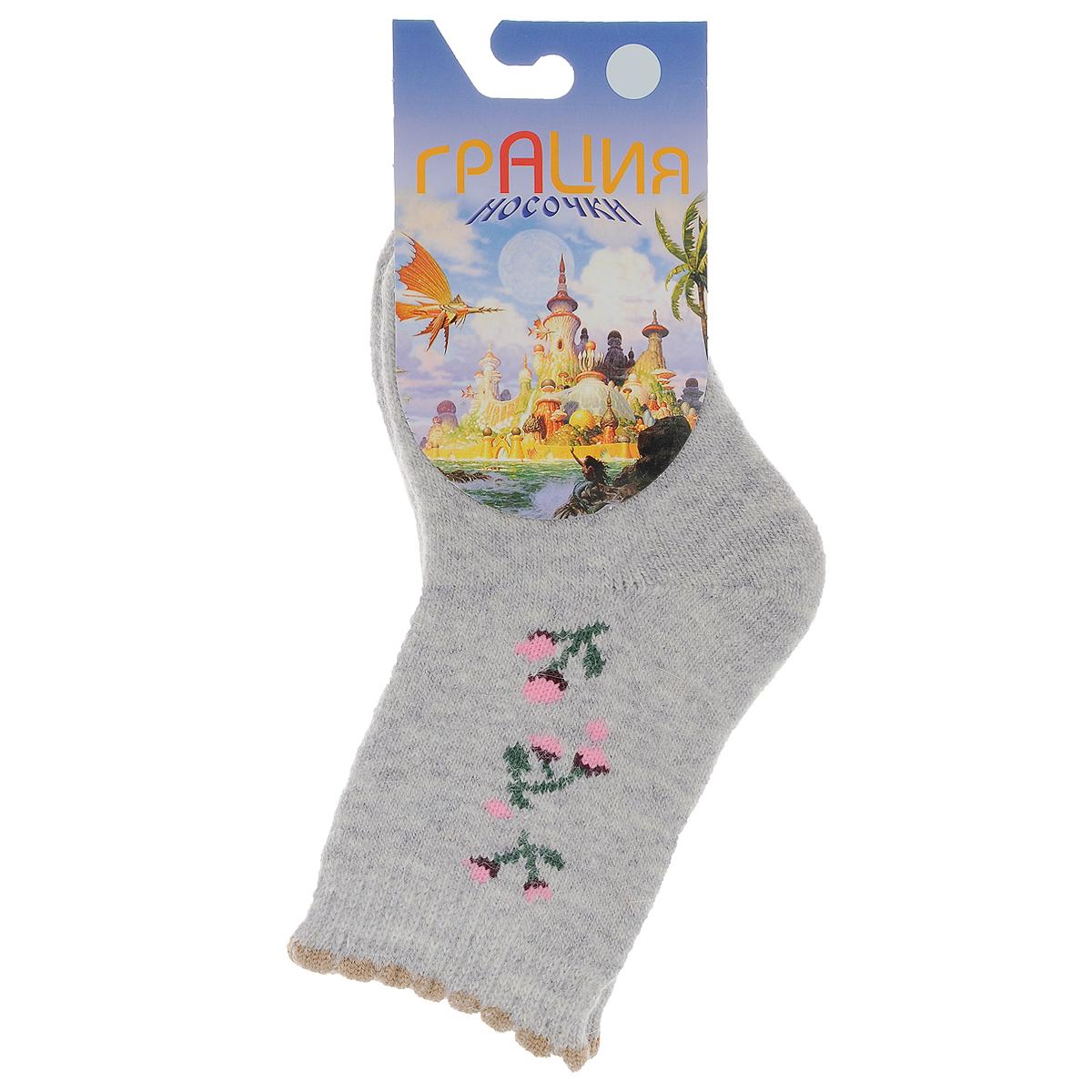 Носки детские. Д 2302Д 2302_24Детские теплые носки Грация - прекрасный вариант для вашего ребенка. Они изготовлены из пряжи смешанного состава, очень мягкие на ощупь, не раздражают даже самую нежную и чувствительную кожу. Лицевая сторона гладкая, а изнаночная - с мягкой теплой махрой. Носки имеют эластичную резинку с волнистым краем и плоский шов на мыске. Оформлена модель на щиколотке вязаным рисунком в виде цветов. Они послужат замечательным дополнением к детскому гардеробу!