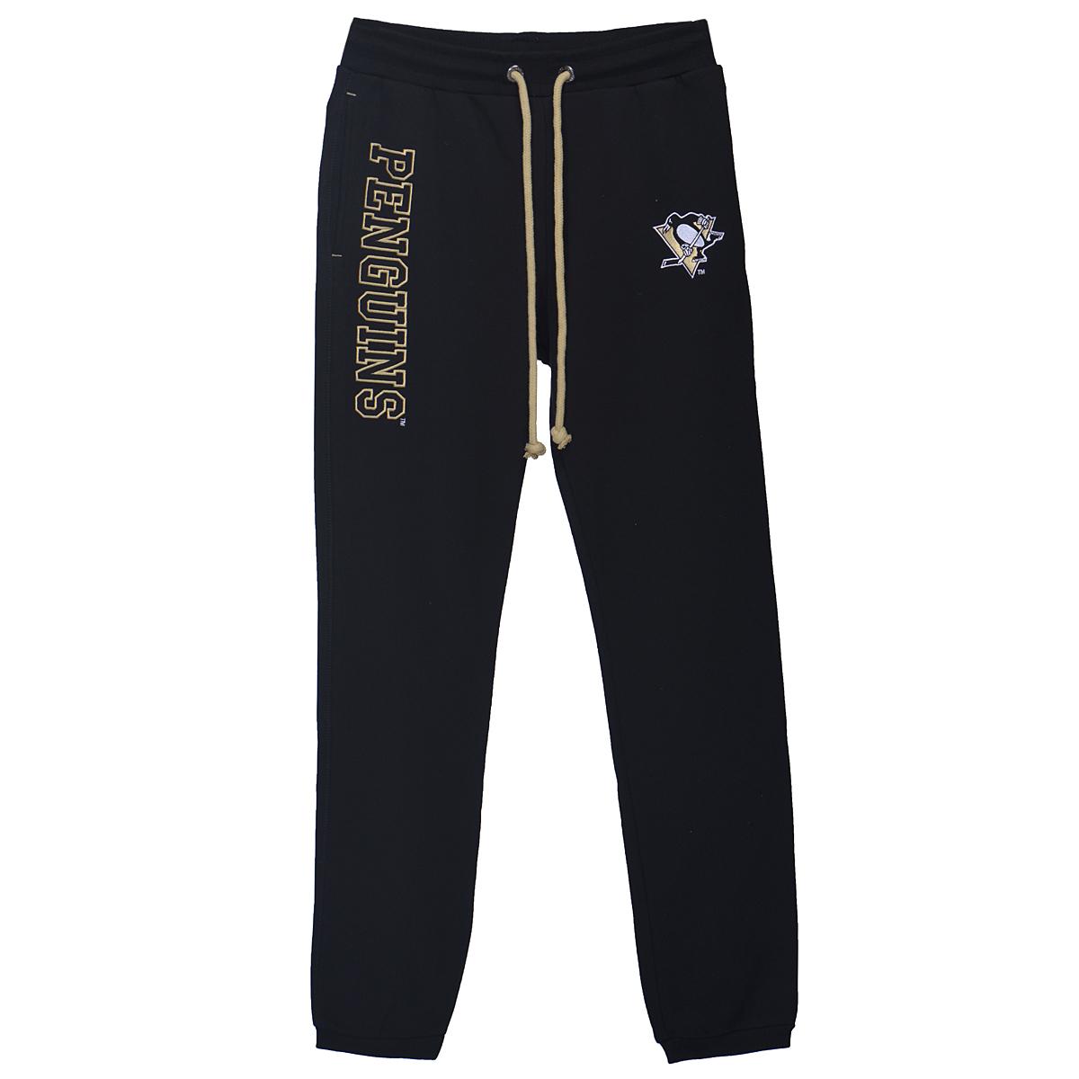 Брюки Pittsburgh Penguins. 4501029190Стильные утепленные мужские спортивные брюки NHL Pittsburgh Penguins, выполненные из высококачественного материала, обладают высокой теплопроводностью, воздухопроницаемостью и гигроскопичностью, позволяют коже дышать, очень комфортны при носке. Модель прямого кроя дополнена эластичным поясом со шнурком для оптимального прилегания к телу. Брючины снизу дополнены трикотажными манжетами. По бокам имеются два втачных кармана и один карман сзади. Модель оформлена вышитой эмблемой хоккейного клуба Pittsburgh Penguins. Такая модель будет дарить вам комфорт и послужит замечательным дополнением к вашему гардеробу.