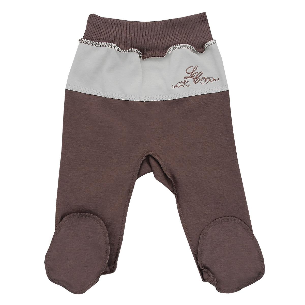 20-4Ползунки для мальчика Lucky Child - послужат идеальным дополнением к гардеробу малыша. Они выполнены из натурального хлопка, благодаря чему они необычайно мягкие и приятные на ощупь, не раздражают нежную кожу ребенка и хорошо вентилируются, а эластичные швы приятны телу малыша и не препятствуют его движениям. Ползунки с закрытыми ножками выполнены швами наружу и подходят для ношения с подгузником и без него. На талии они имеют широкую трикотажную резинку, не сжимающую животик ребенка. Спереди модель дополнена вставкой контрастного цвета, оформленной вышивкой. В этих ползунках вашему малышу всегда будет комфортно и уютно.