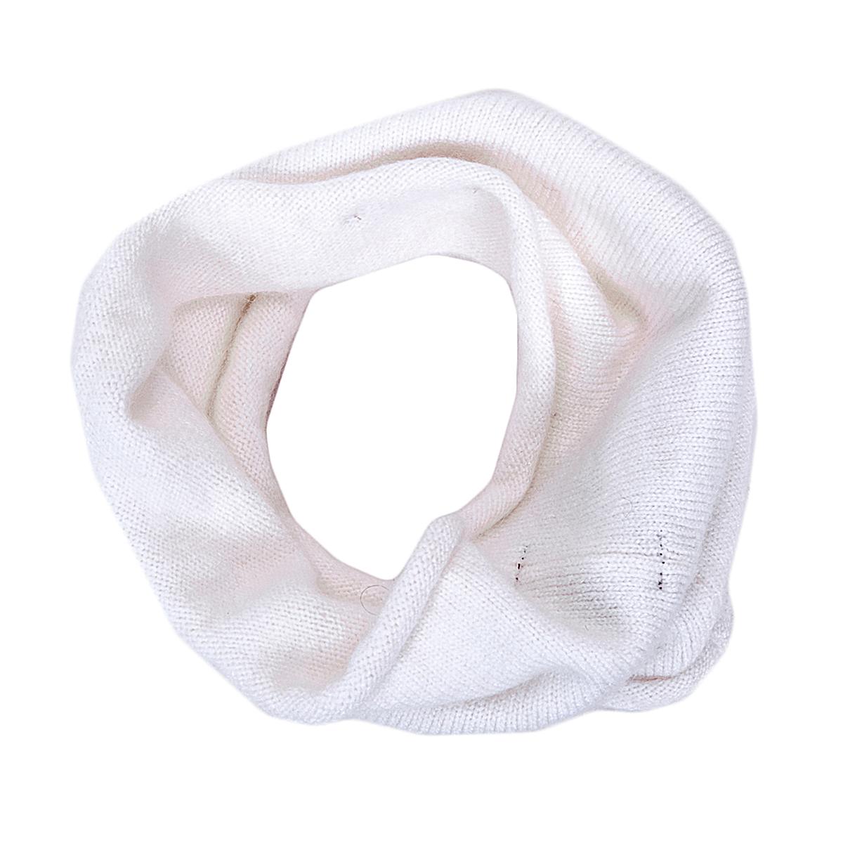 Снуд-хомут женский. 4300643006Стильный вязаный снуд-хомут Noryalli создан подчеркнуть ваш неординарный вкус и согреть вас в прохладное время года. Накинутый на пальто, он придаст мягкости и элегантности, на куртку - задора и таинственности. Снуд - это объемный шарф, связанный по кругу. Этот модный аксессуар гармонично дополнит образ современной женщины, следящей за своим имиджем и стремящейся всегда оставаться стильной и элегантной.
