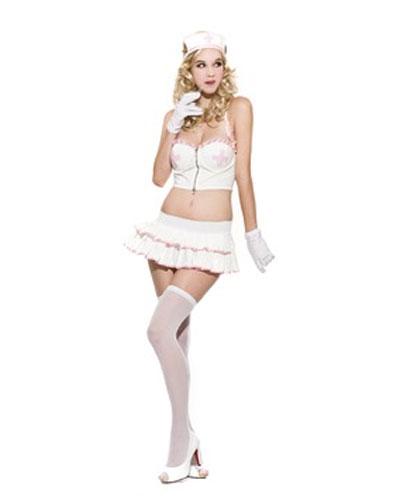 Маскарадный космтюм Медсестра26456Маскарадный костюм Медсестра, выполненный из полиэстера белого цвета, идеально подойдет для карнавальной вечеринки. Костюм состоит из топа, юбки и головного убора. Костюм привлечет к вам внимание и не оставит незаметным среди остальных героев праздника. В таком костюме веселое настроение и масса положительных эмоций вам будут обеспечены!