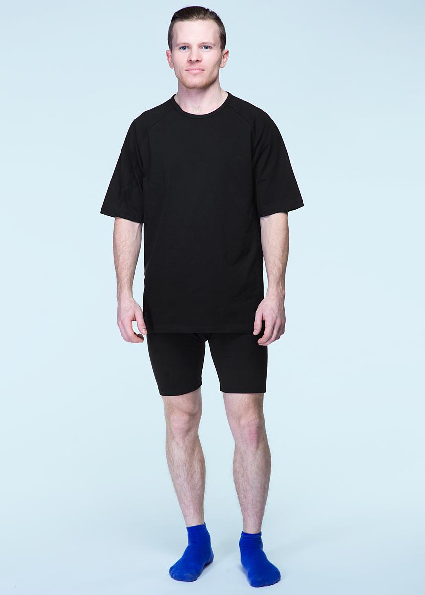 Термобелье комплект (брюки и кофта)32ДКомплект термобелья состоит из футболки и шорт. Комплект предназначен для повседневной носки, занятий спортом, охотой, рыбалкой, активным отдыхом и т.д. Принцип действия белья основан на использовании уникального свойства ткани из полипропилена, что моментально отводит влагу от поверхности тела в последующие слои одежды, поэтому тело всегда находиться в соприкосновении с сухой тканью, что дает ощущение тепла и комфорта.